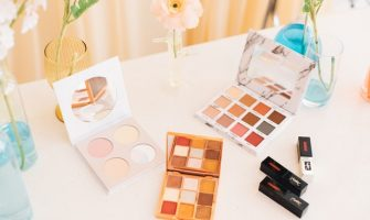 Eyeshadow palette in Houston